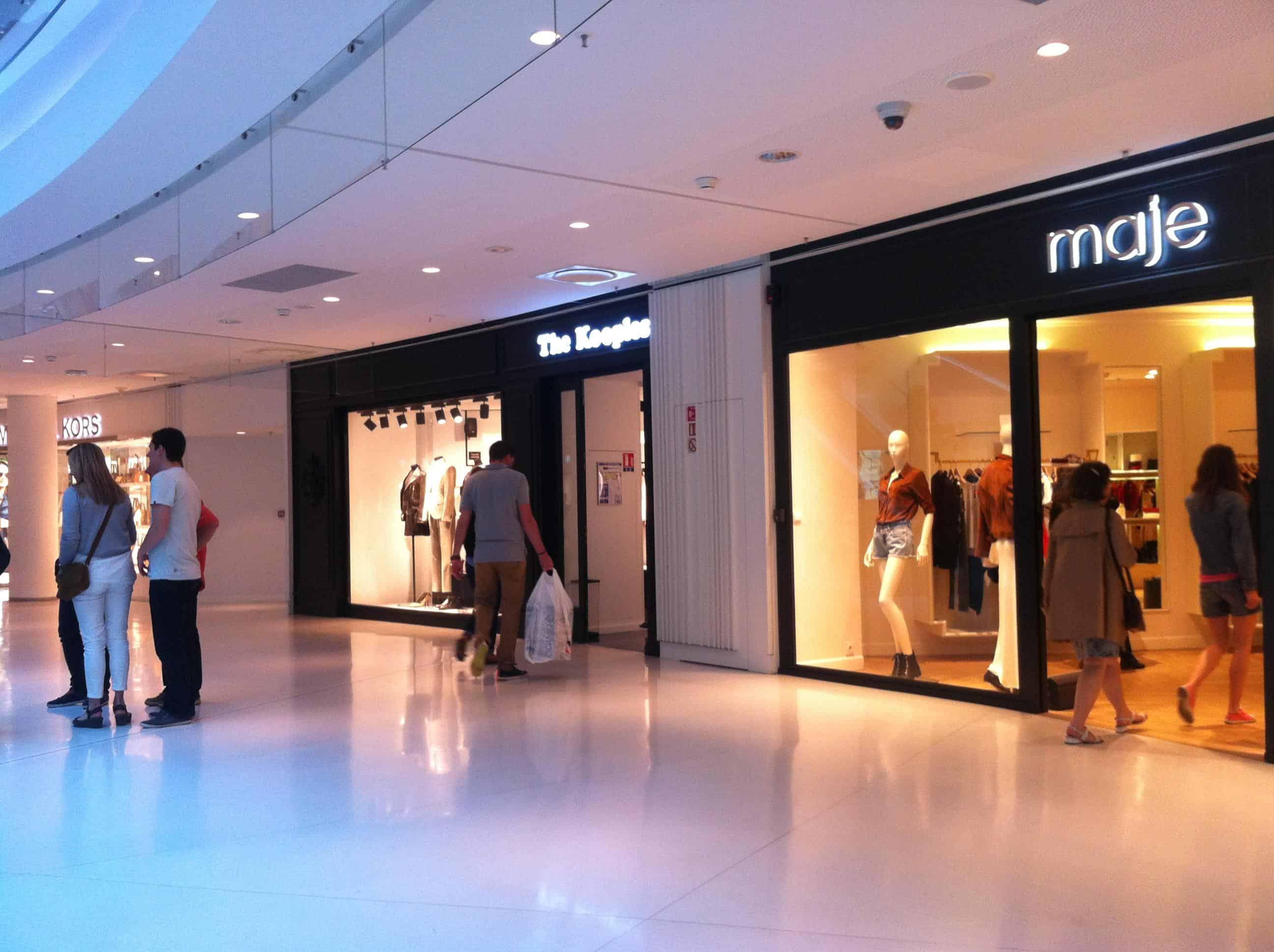 shopping malls in paris beaugrenelle les halles la d fense still in paris. Black Bedroom Furniture Sets. Home Design Ideas