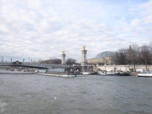 Valentinstags-Kreuzfahrt Paris