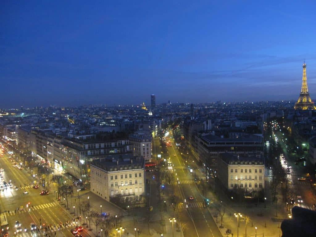 Uitzicht vanaf de Arc de Triomphe