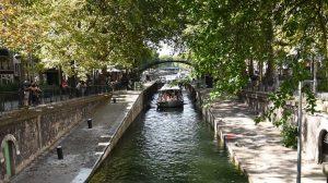 Bootsfahrt Paris Canal in Kanal Saint Martin