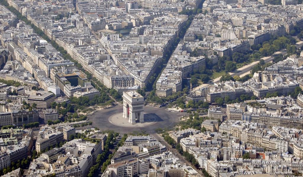 Place de l'Etoile -Charles de Gaulle - Paris