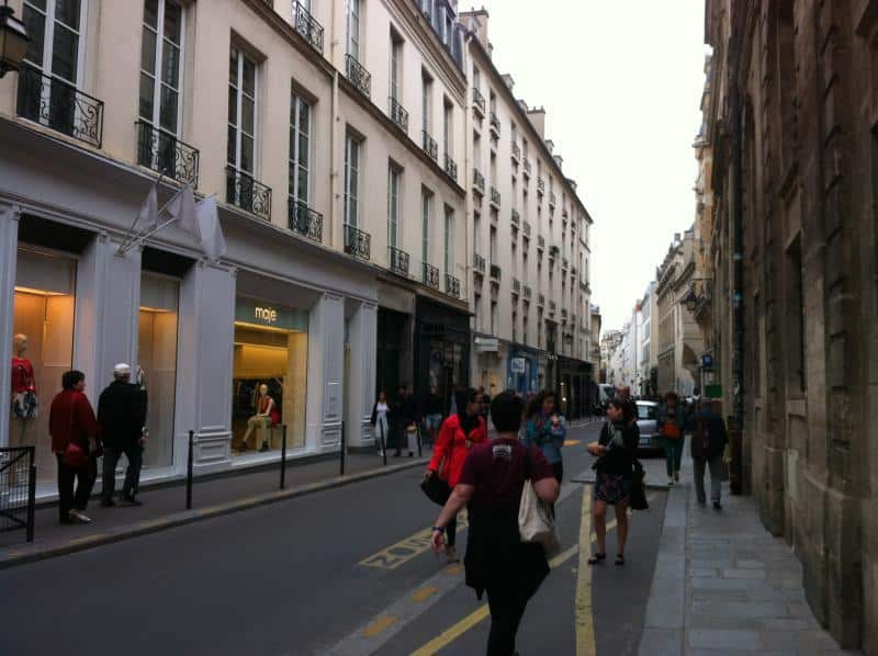 Sonntags-Shopping - Paris - Marais