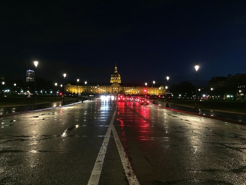 Invalides in Paris bei Nacht